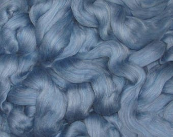 Superwash Roving 4 Ounces  Colonial Blue