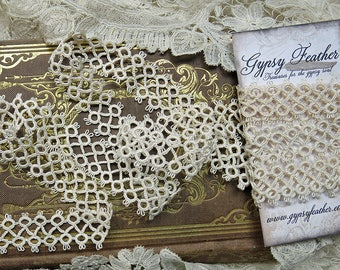 Antique Tatted Lace Yardage, Handmade ... Vintage Lace Tatting Trim, Cotton ... LY170608
