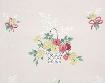 1940s Vintage Wallpaper by the Yard - Floral Wallpaper Yellow and Pink Roses in Baskets