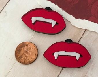 VAMPIRE FANG LIPS - Red Mirror - White Teeth - 1 Pair - Charms - Pendants - Laser Cut Acrylic