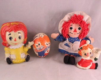 Lot of 4 Pieces of Vintage Raggedy Ann and Andy Toys/Decor