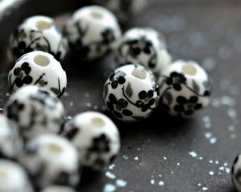 NEW! China Girl - Porcelain, Ceramic Beads, Opaque White, Jet Black, Blossom Flower Rounds 10mm - Pc 6