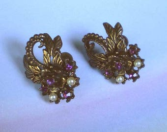 Vintage 40s Rhinestone and Faux Pearl Screwback Earrings