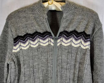 Vintage Pietro Vanni Cardigan Wool Blend Sweater - Made in Italy - Zippered front - Medium Size
