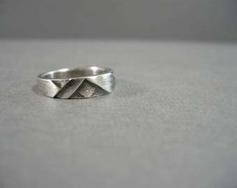 vintage sterling ring, size 6.5, deco pattern, sterling silver, abstract simple design, oxidized