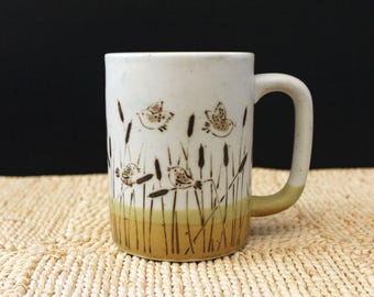 Happy Birds. Vintage 1970s stoneware mug.