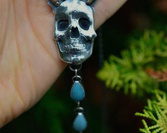Queen of Grief. Moonstone. Amazonite.