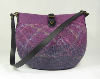 Purple Wool Felt Bag, Felt Shoulder Bag, Felt Handbag, Felt Bag, Felt Purse, Shoulder Bag, Felted Bags, Felt Bags for Women, Bags and Purses