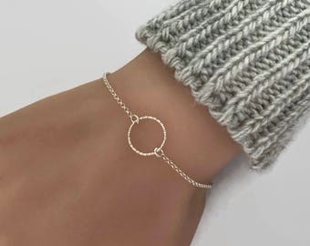 Tiny Textured Circle Sterling Silver Bracelet - Eternity Bracelet - Karma Bracelet, Circle bracelet, Eternety bracelet, Infinity Bracelet