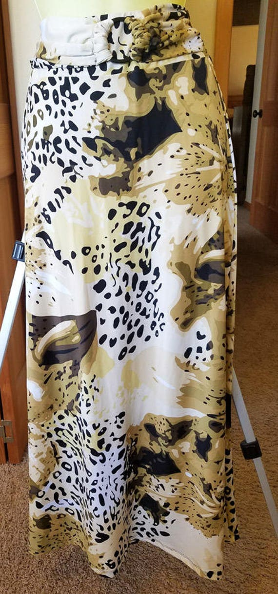 long skirt leopard animal camo print size Large womens clothing Bumble B
