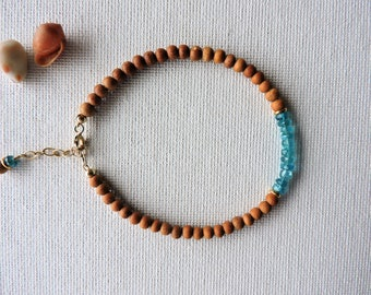 Sandalwood & apatite gemstone bracelet - summer stacking bracelet - layering bracelet - apatite bracelet