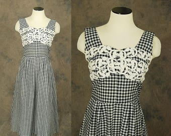 3 Day SALE vintage 50s Dress - Black and White Gingham Sundress - 1950s Embroidered Lace Bust Plaid Dress Sz S