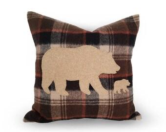 Wool Bear Pillows, Mother and Bear Cub Pillow, Mama Baby Bear, Animal Pillow Cover, Wilderness, Rustic Fall Decor, Ski Lodge. 12x18, 18 NEW
