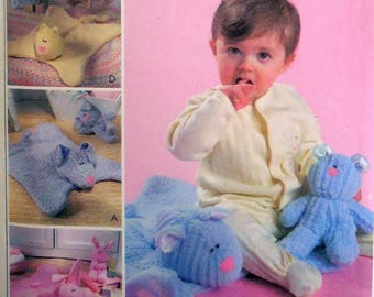 McCall's 4541 - Baby Blankets & Cuddly Toys - Gift Idea - Kawaii - Sweet - Boys or Girls - Shower Gift - Baby's 1st Xmas - UNCUT - CUTE