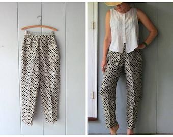 90s printed silk pants ivory white & black modern mod silk slacks high waist pressed slacks minimal mod silk pants womens size 8 Medium