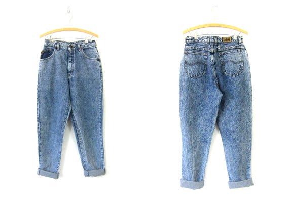 LEE 80s High Waist Stone Wash Jeans Blue Acid Wash Denim Tapered Leg Mom Jeans Vintage Hipster 1980s Retro Grunge Womens 13 Medium