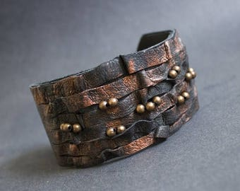 40% OFF SALE Rustic elegant leather bracelet Cuff Wristband Copper color. Statement leather jewelry