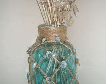 Sea Shell Turquoise Blue Vase, Jar, Decorated with Jute Rope and Blue Limpet Shells, Beach Decor, Shell Vase, Wedding, Blue Beachy Vase