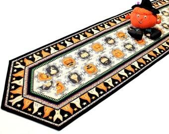 Pumpkins Table Runner Quilt - Halloween Quilted Table Runner, Halloween Party Table Decor, Quiltsy Handmade Pumpkin Decor