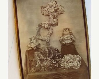 ONSALE Gorgeous Post Mortem Funeral Flowers Cabinet Photo