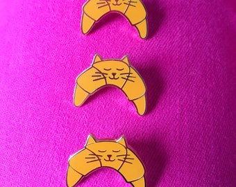 Croissant Cat - cat enamel pin, Cat pin , croissant pin, cute cat pin, lapel pin badge, kitten pin, cute food pin, HibouDesigns