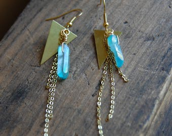 Blue Aura Quartz Crystal Gemstone Point Earrings with Raw Gold Brass Triangle Charms. Aquamarine Blue Raw Stone Points.Healing Crystals.