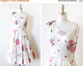 20% OFF SALE 50s floral dress, vintage 1950s party dress, white and pink fit and flare dress, extra small xs