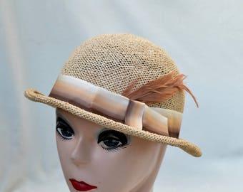 Vintage Tan Straw Derby Style Hat / Vintage Straw Hat / 1980's Tan Straw Hat / Retro Derby Hat / Womens Vintage Summer Straw Hat