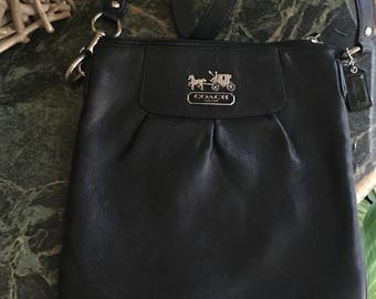 Coach like new Black Leather Crossbody Matching Wallet