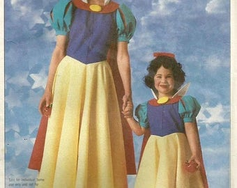 ChristmasinJuly Vintage 80s Simplicity 7735 Girls Snow White Official Disney Costume Sewing Pattern Size 6