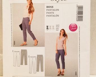 Burda Style Pattern 7058 Petite pants US Size 8-22  New un-cut 2013