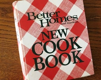 Better Homes And Gardens New Cookbook Vintage 1981 Edition Classic Red And  White Check Cover