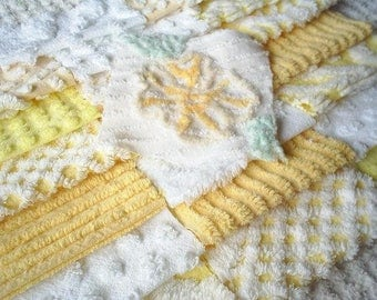 Vintage Chenille Bedspread Squares in Sweet Yellow and White with Flower-21-6""