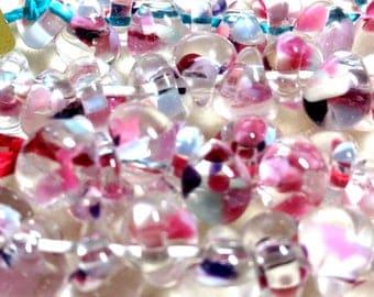 Unicorne Teardrop, Boro Glass, Color TD93, First Love, Strand of 10 beads