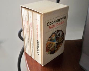"Vintage Book Cookbooks Betty Crocker's Set in Case 1970's ""Cooking with Betty Crocker"""