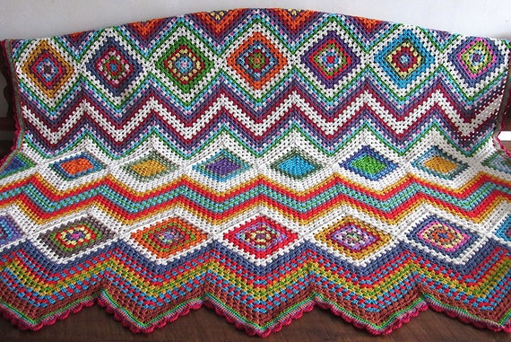 Handmade crochet Zigzag cotton blanket / throw / afghan. Approximately 4 feet 8 inches by 5 feet 3 inches.