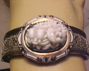 Vintage Victorian Style Bracelet Porcelain LILY of VALLEY Wire cut work Lovely