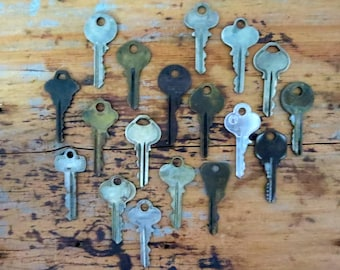 Key collection 18 keys Vintage stamping keys Antique keys DIY Stamping keys Old keys for stamping Blank keys Blank side Stampable BK A1 #34