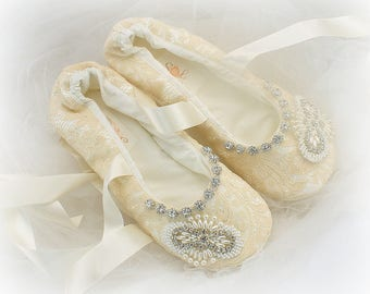 Champagne Flats, Ballet Slippers,Beaded Flats,Ballet Flats,Champagne,Crystal Flats,Lace Ballet Flats,Wedding Shoes,Reception,Elegant Wedding