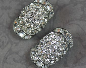 Vintage Sparkle Filled Clear Crystal Rhinestone Silver Tone Clip On Earrings