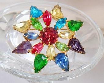 SALE Vintage Multicolor Rhinestone Star Brooch.  1950s Colorfuli Rhinestone Star Pin.