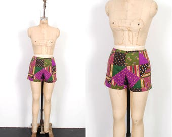 Vintage 1960s Shorts / 60s Patchwork Printed High Waisted Shorts / Purple and Green ( medium M )