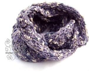 Lavender knit scarf, Infinity knit scarf, Minimal loop scarf, Hand knit scarf, Chunky scarf, Mobius scarf, boho fashion, cirkle, wool