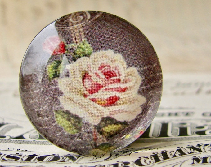 Vintage roses on a chalkboard, handmade glass cabochon, round 25mm cabochon, 1 inch circle, Fabulous Florals collection, bottle cap size