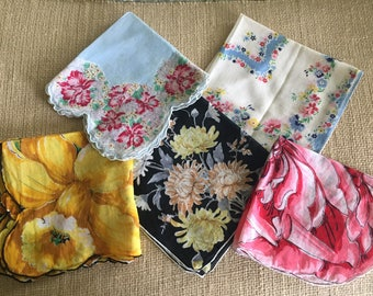 Lot of 5 Vintage Floral Cotton Handkerchiefs /  Estate Find / Vintage Accessory / Repurpose Sewing Projects
