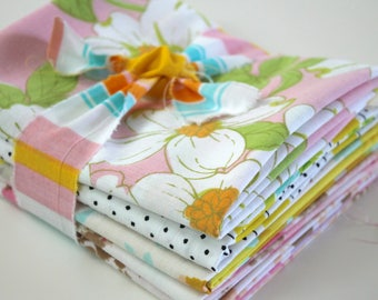 Vintage reclaimed Fabric Fat Quarters - Peach, Pink and Yellow Floral - set of 5