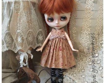Blythe doll dress Handmade vintage style pretty Autumn colours tiny flower design handmade by Olive Grove Primitives