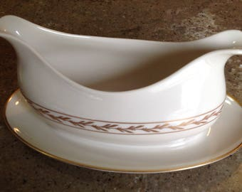Vintage Elegant Franciscan Gold Leaf BEVERLY China Pattern Gravy Boat with Attached Underplate
