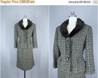 SALE - Vintage 1950s Suit / 50s Wool Tweed Suit with Fur Collar / 1960s Suit / 60s Women's Suit / Jacket & Skirt / Adolph Blank
