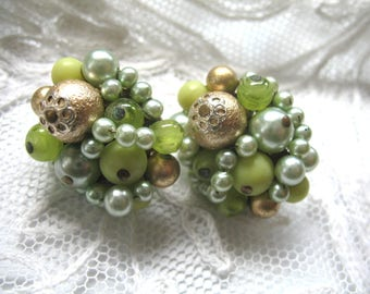 Vintage Cluster Earrings ~ Clip On ~ 2 Tone Green & Gold Pearl and Glass Beadss